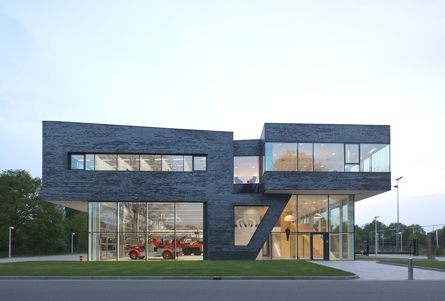 modern-fire-station-design-netherlands-adelto_04