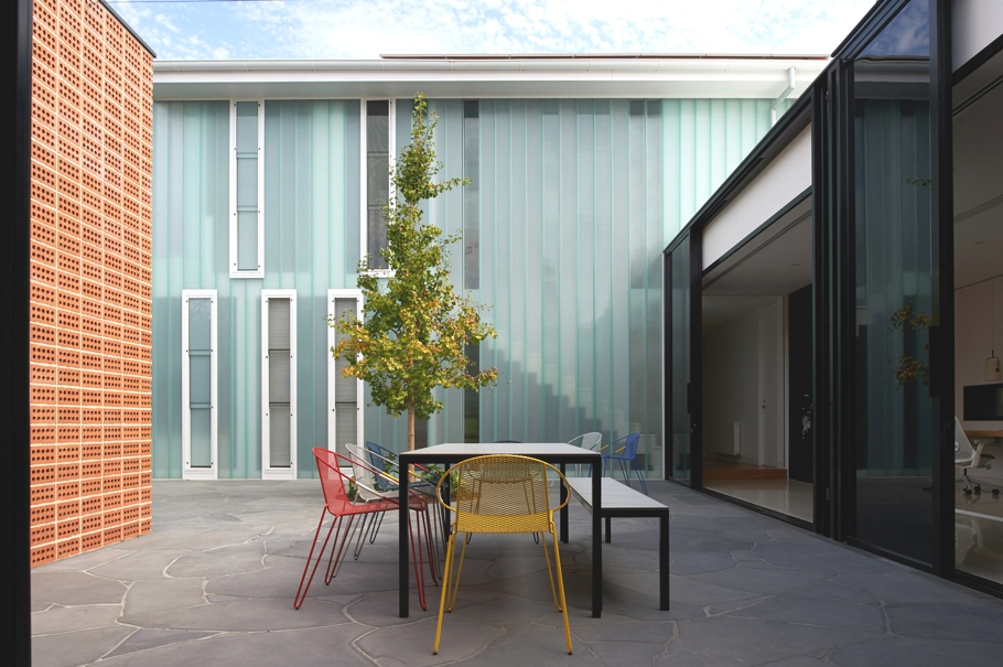 contemporary-homes-melbourne-adelto-02