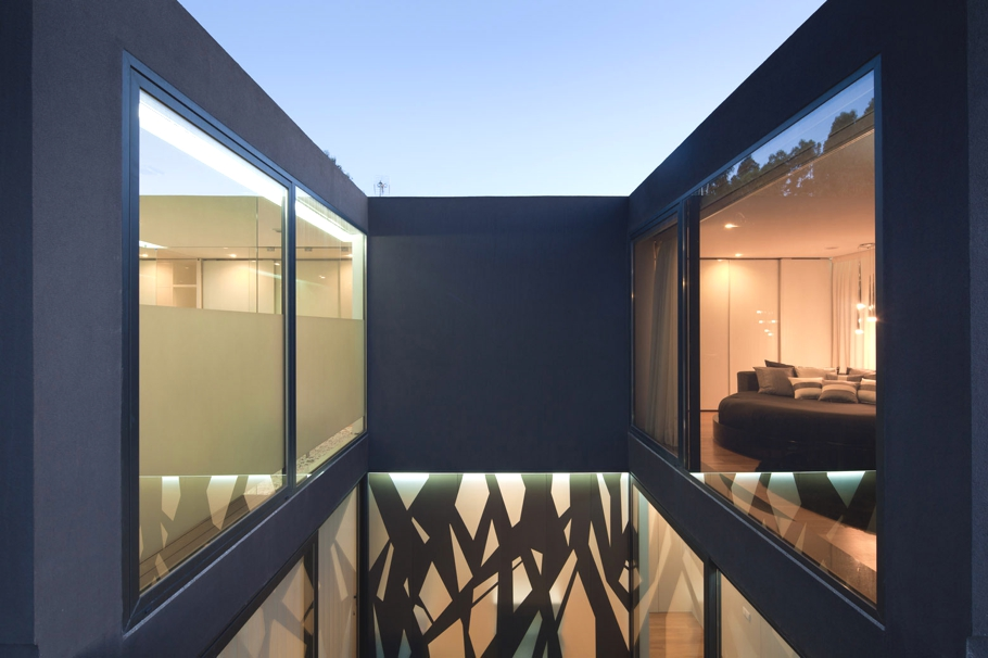 contemporary-property-design-belgium-adelto-09