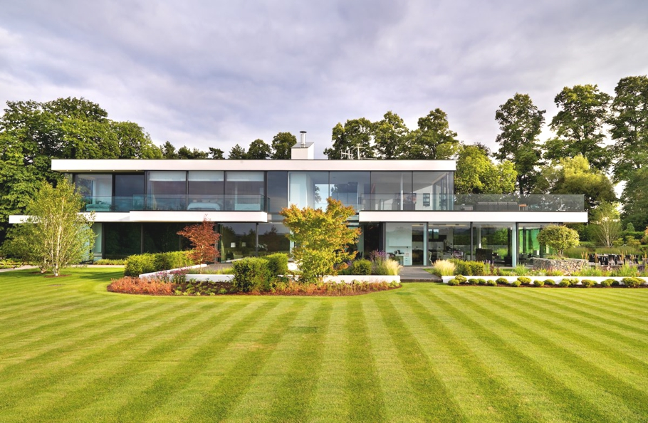 luxury-homes-berkshire-england-adelto-00
