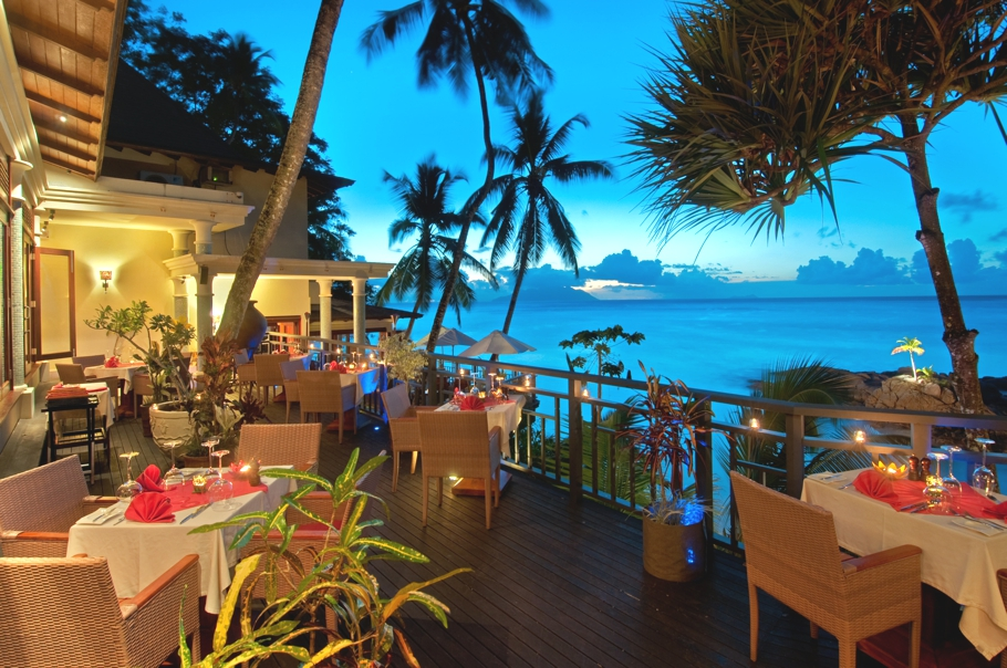 luxury-hotels-resorts-seychelles-adelto-02