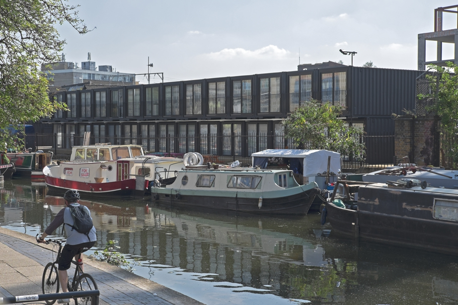 pop-up-office-space-containerville-london-adelto-02