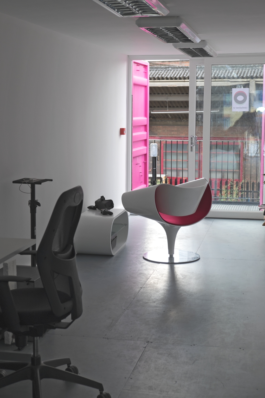 pop-up-office-space-containerville-london-adelto-05