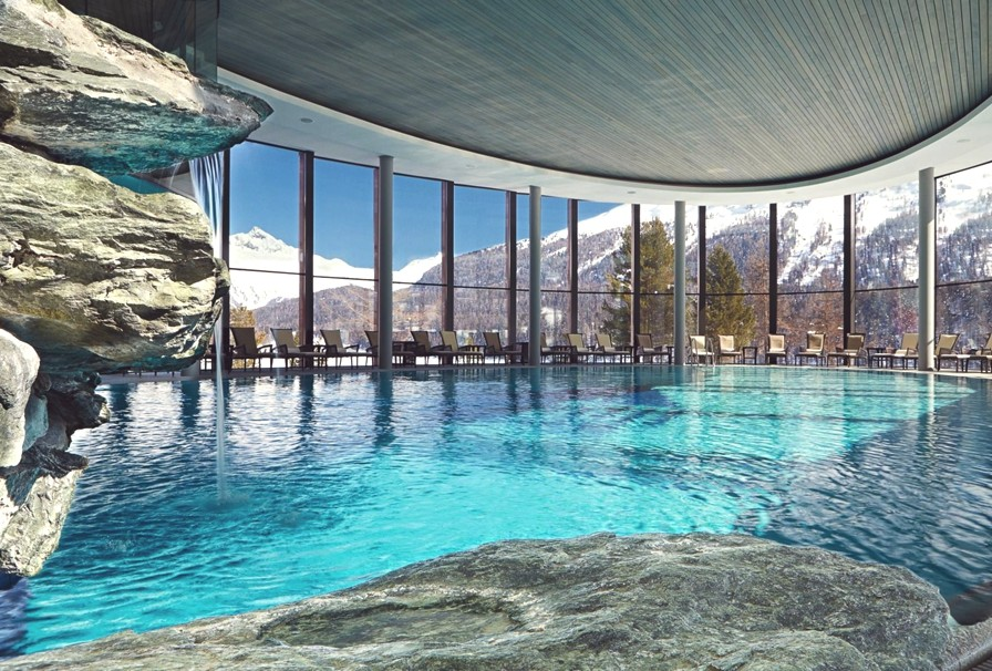 12-reasons-for-a-ski-holiday-in-switzerland-adelto-01