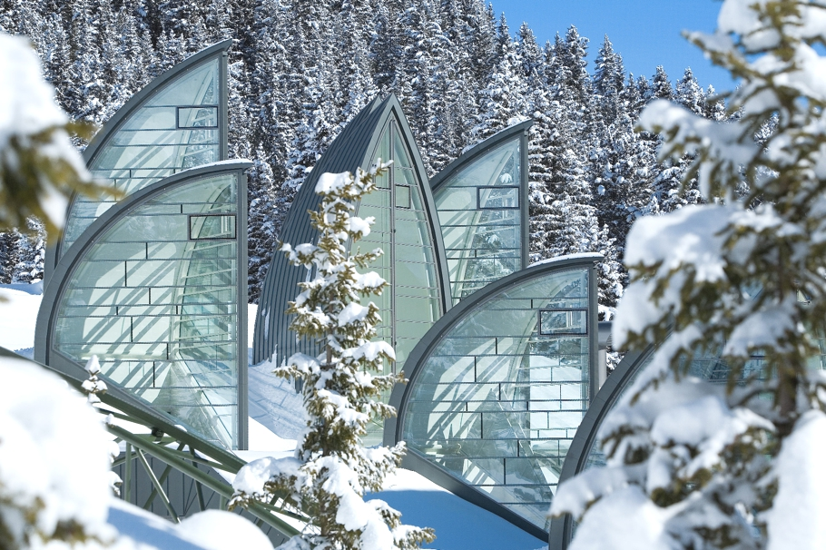 12-reasons-for-a-ski-holiday-in-switzerland-adelto-09