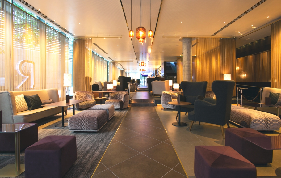 Luxury-bar-design-london-hilton-tower-bridge-adelto-05