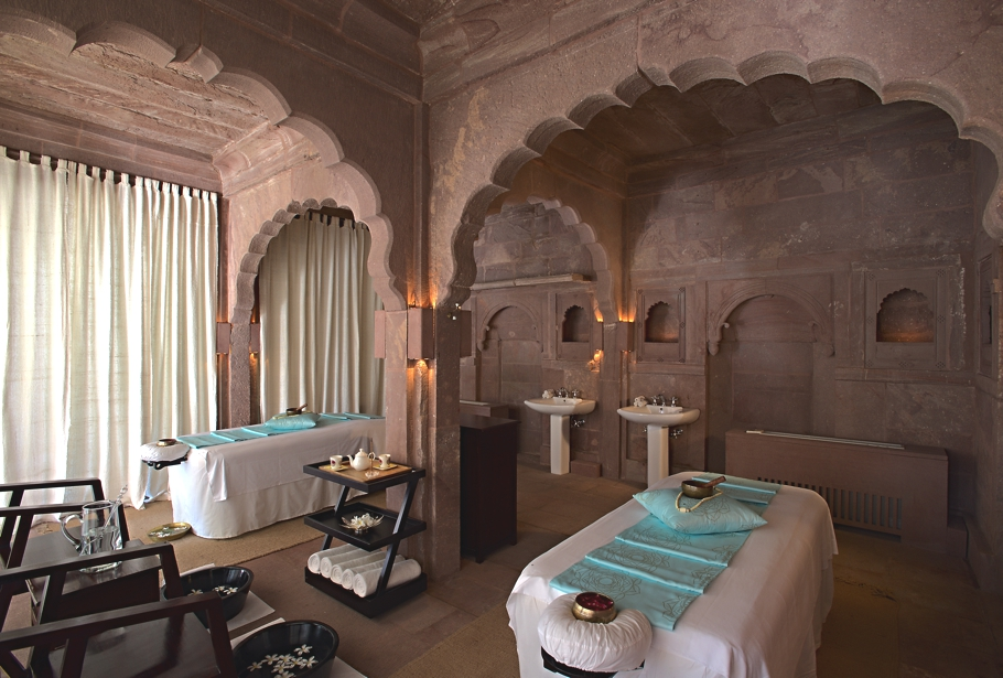 ila-only-spa-raas-india-adelto-00