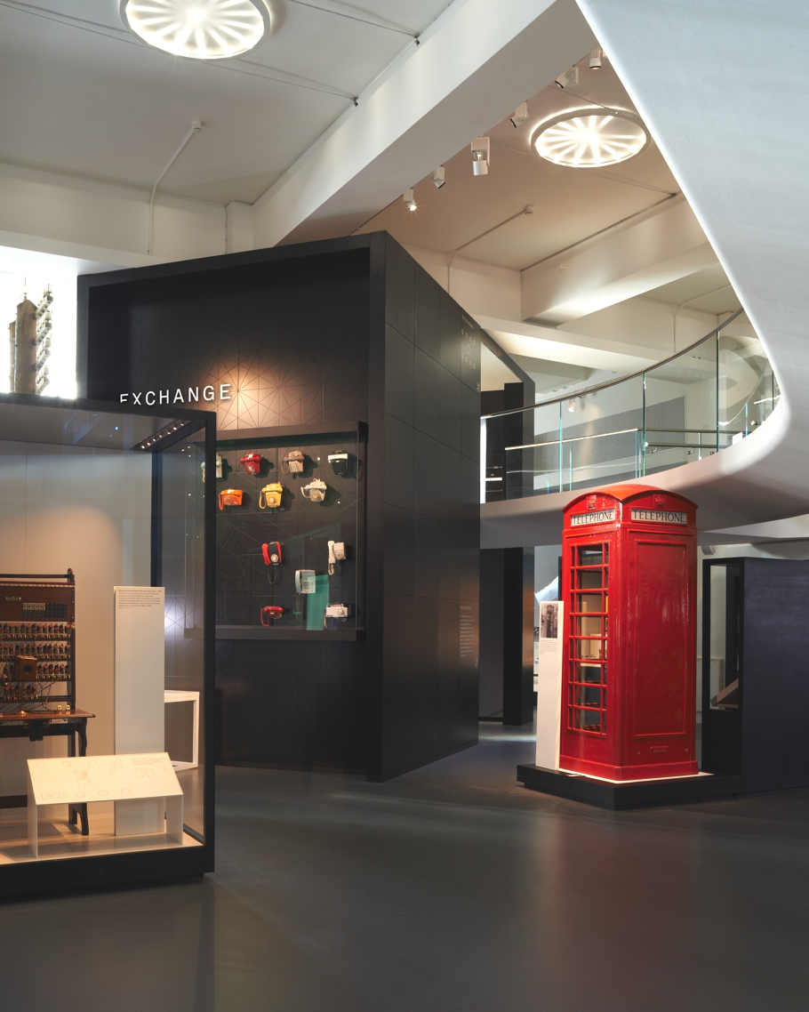london-science-museum-new-gallery-Information-age-opens-00