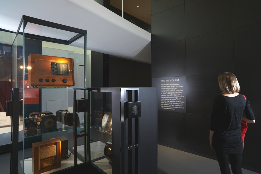 london-science-museum-new-gallery-Information-age-opens-02