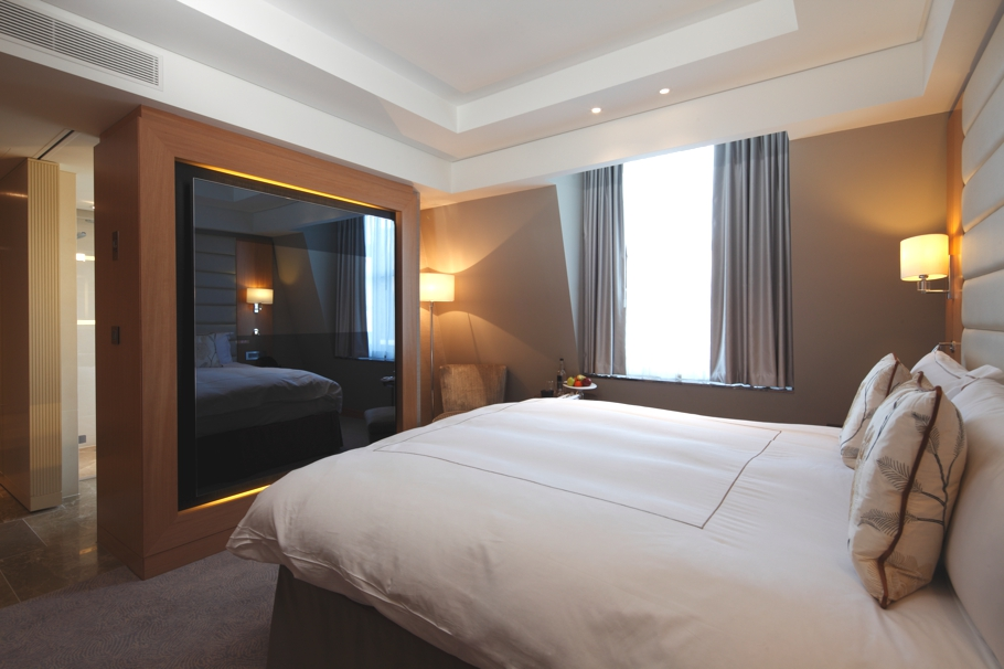 luxury-hotel-conrad-st-james-london-adelto-04