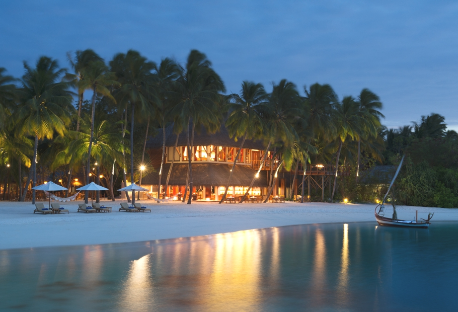 luxury-restaurants-maldives-adelto-11