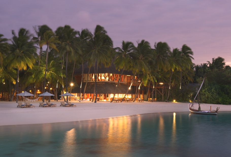 luxury-restaurants-maldives-adelto-13