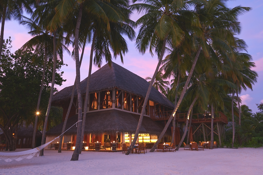 luxury-restaurants-maldives-adelto-18