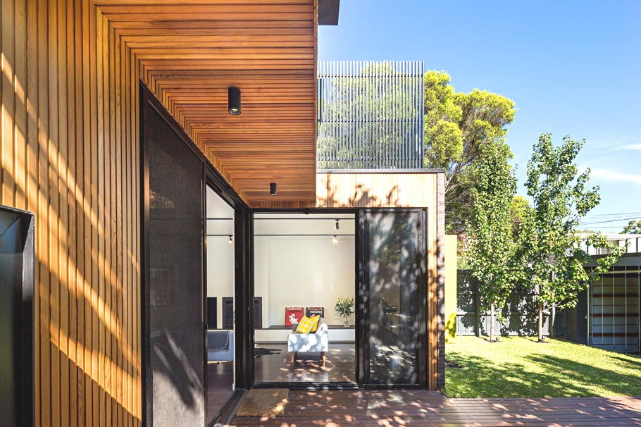 Elwood house a refurbished edwardian house in victoria for Modern house designs victoria