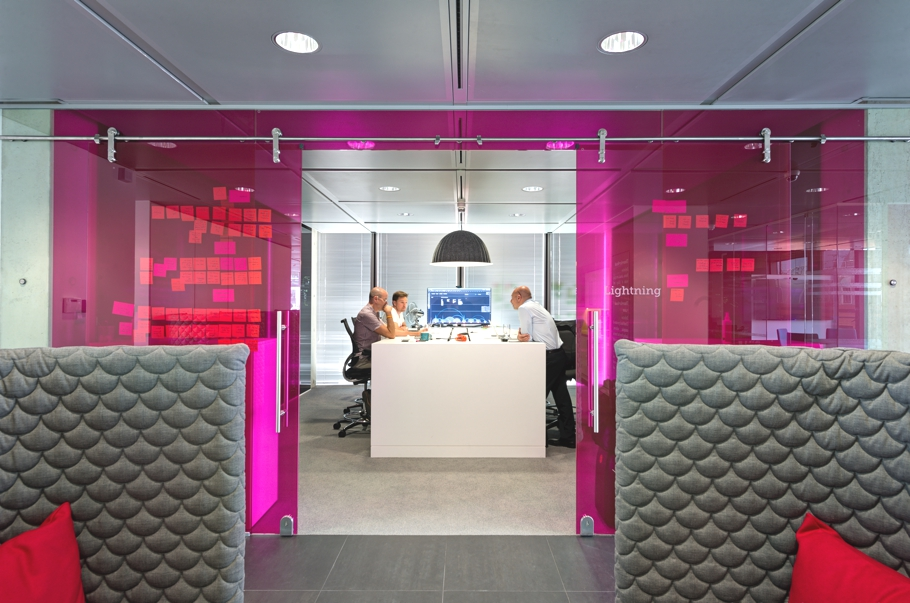 contemporary-office-design-space-london-adelto-03