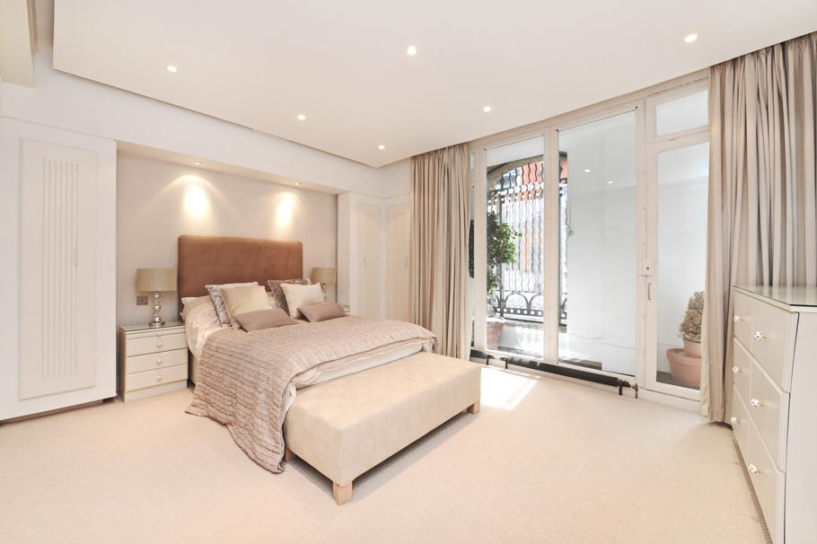 luxury-london-homes-01-adelto