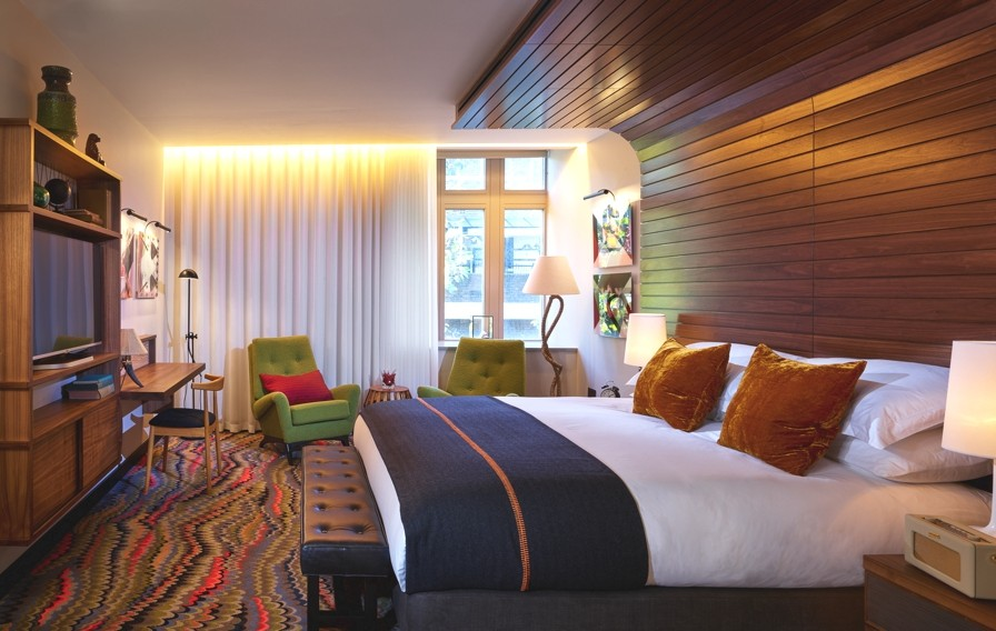 luxury-london-boutique-hotel-hospital-club-adelto-00