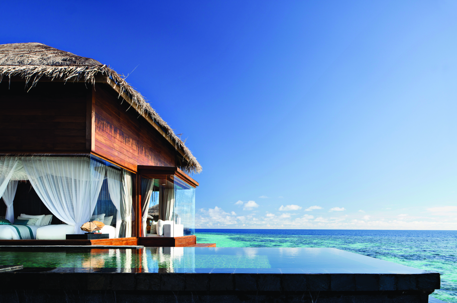 luxury-private-island-resort-maldives-adelto-04