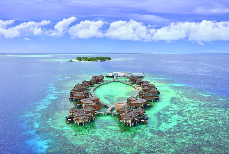 luxury-private-island-resort-maldives-adelto-06