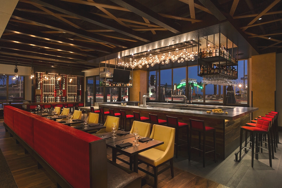 luxury-restaurant-design-redwood-grille-santa-monica-los-angeles-adelto-00
