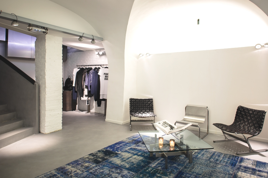 luxury-store-design-vsp-paris-adelto-03