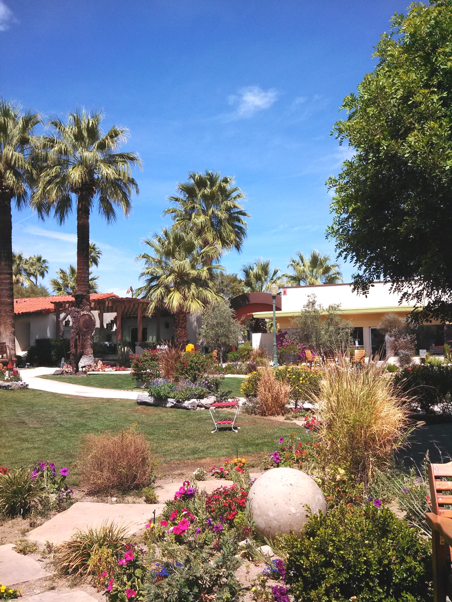 16 reasons that will make you want to visit palm springs for Travel to palm springs