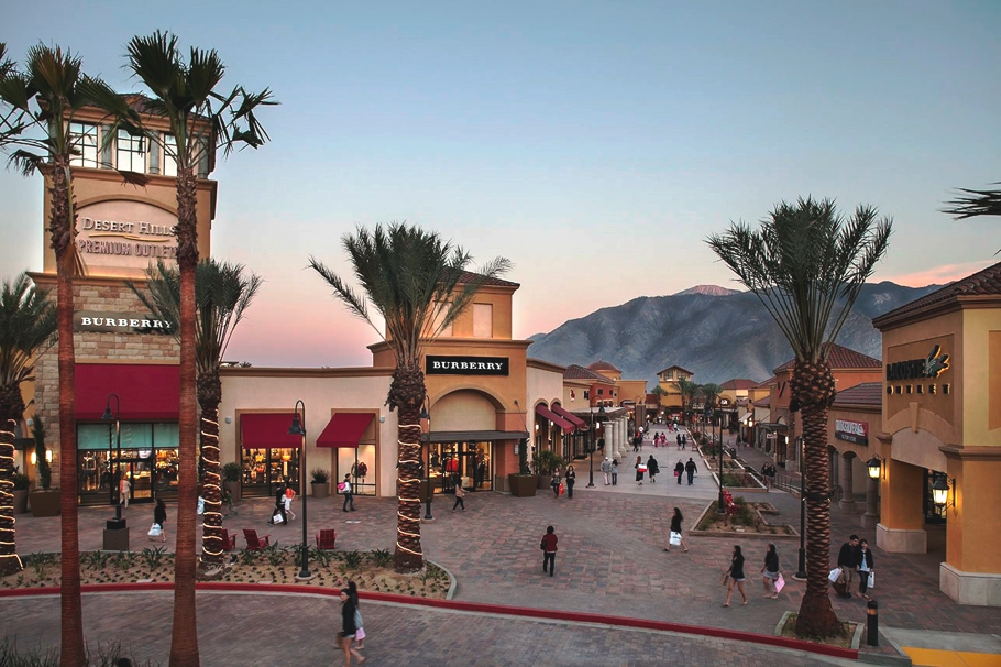 reasons-to-visit-palm-springs-california-adelto-05