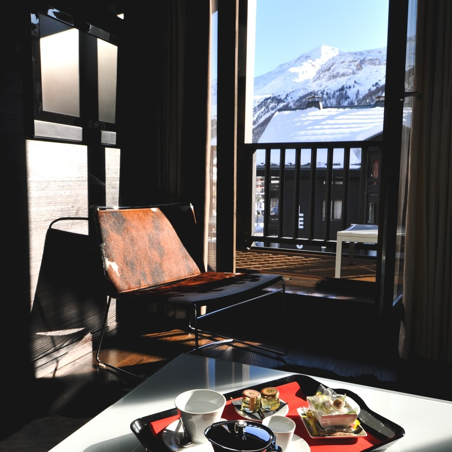 boutique-ski-chalet-france-alps-adelto-08