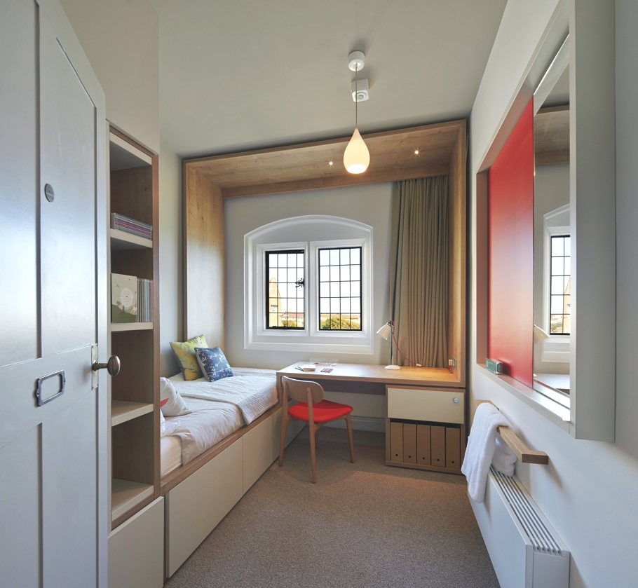 contemporary-interior-design-brighton-england-adelto-05