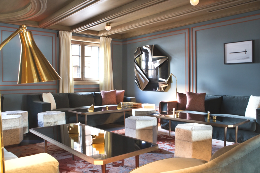 luxury-cigar-lounge-lapogee-courchevel-hotel-france-adelto-01