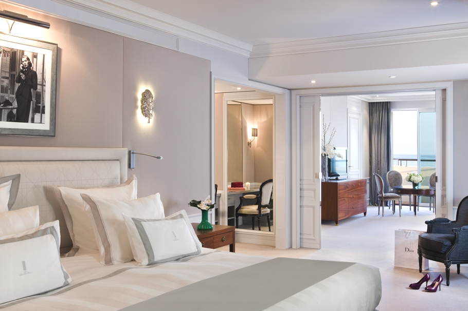 luxury-dior-hotel-suite-cannes-adelto-02