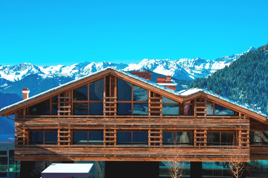 luxury-hotel-verbier-switzerland-adelto-00
