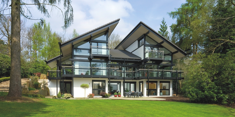 darien house an eco chic huf haus in cobham surrey adelto adelto. Black Bedroom Furniture Sets. Home Design Ideas