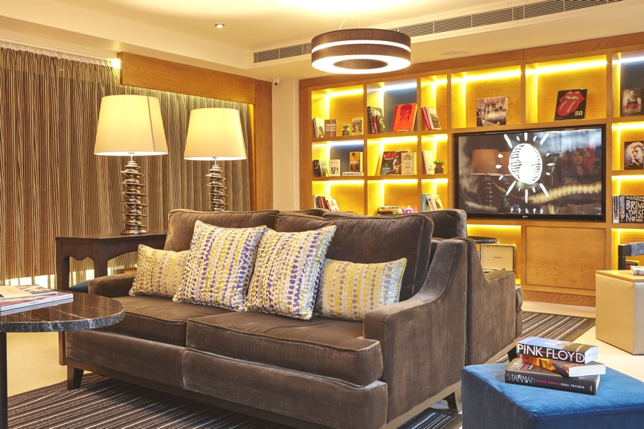 luxury-k-west-hotel-spa-london-adelto-06