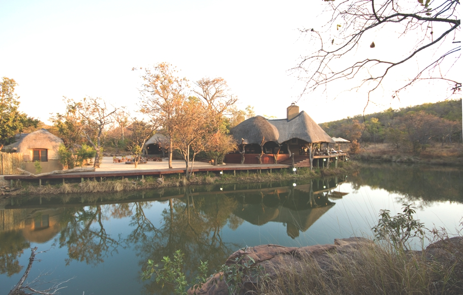 luxury-zulu-camp-spa-shambala-private-game-reserve-south-africa-01