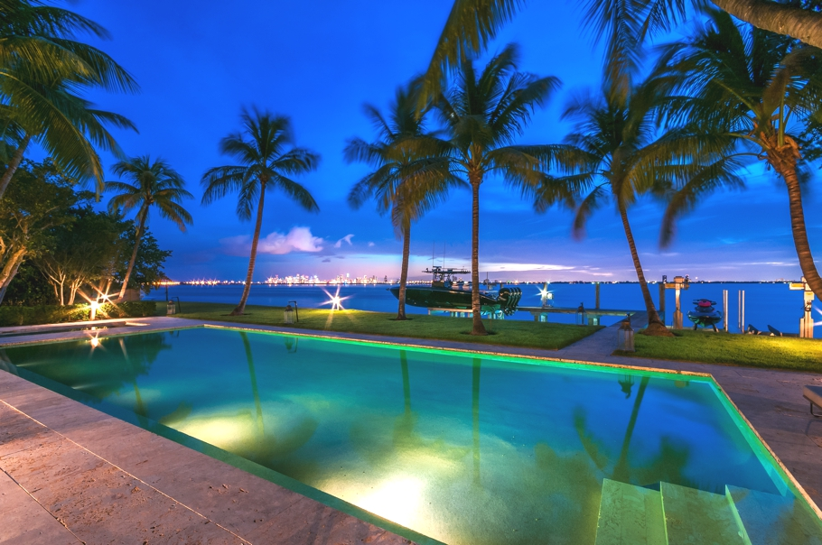 luxury-celebrity-homes-miami-beach-florida-adelto-01