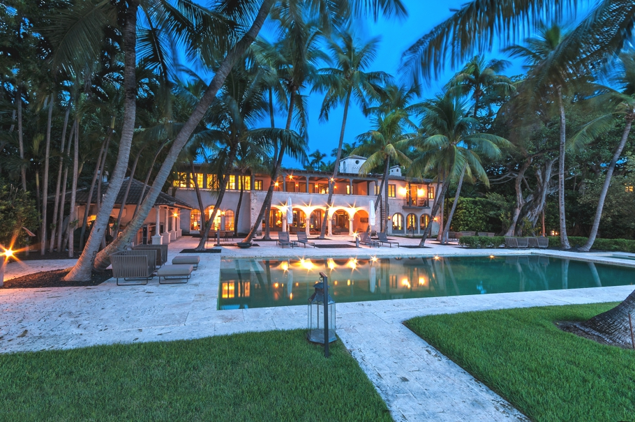luxury-celebrity-homes-miami-beach-florida-adelto-02