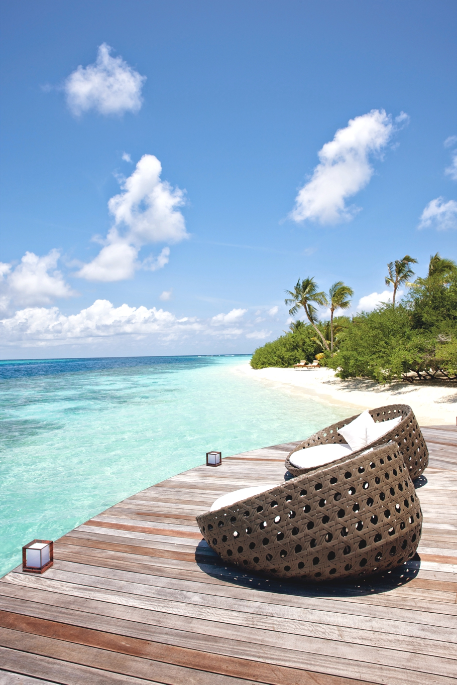 luxury-hotel-resort-maldives-indian-ocean-adelto-00