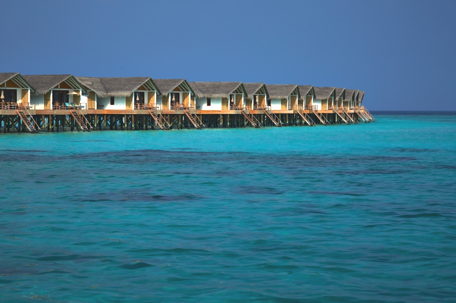 luxury-resort-hotels-maldives-adelto-04