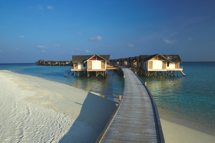 luxury-resort-hotels-maldives-adelto-13