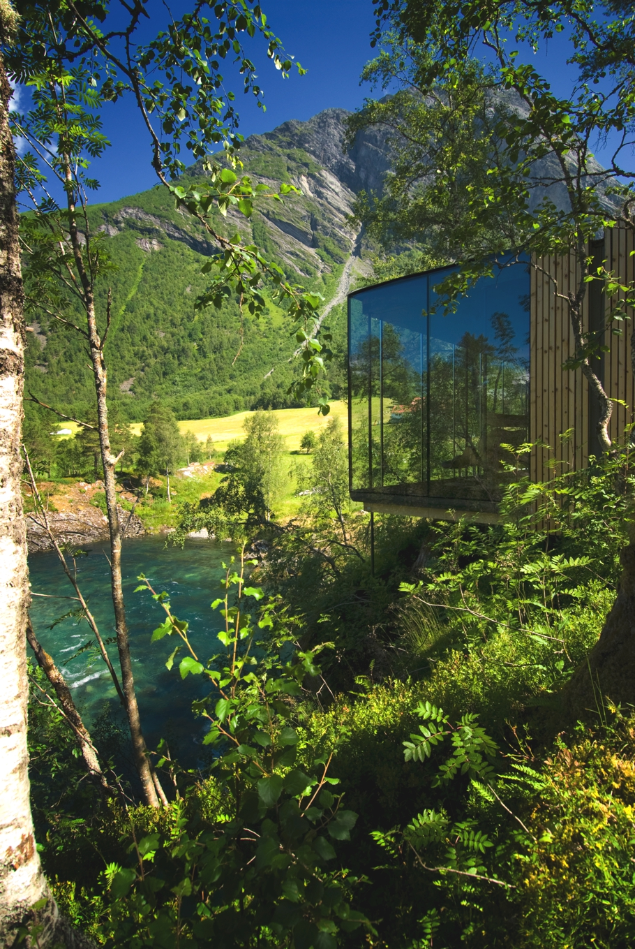10-luxury-hotels-house-from-across-the-world-adelto-07
