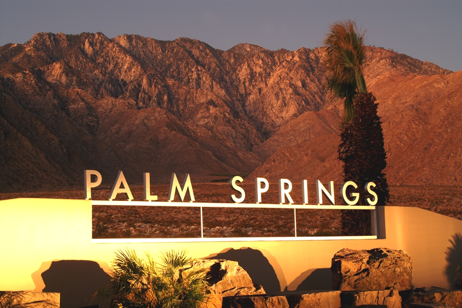 coachella-music-festival-palm-springs-adelto-05