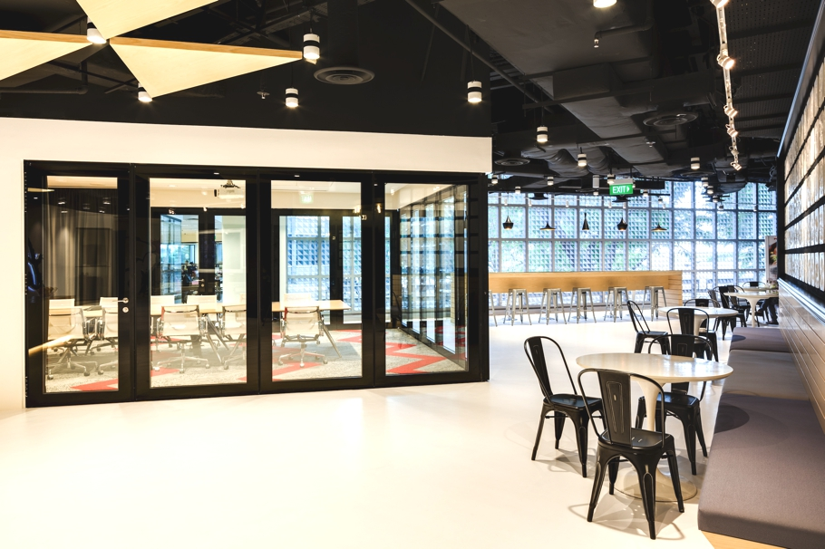 contemporary-office-design-singapore-adelto-00