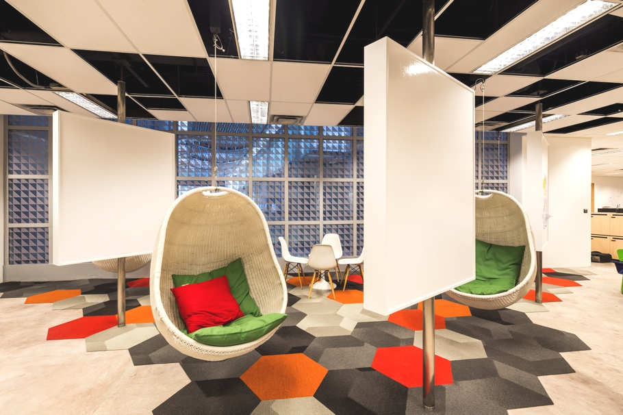 contemporary-office-design-singapore-adelto-05