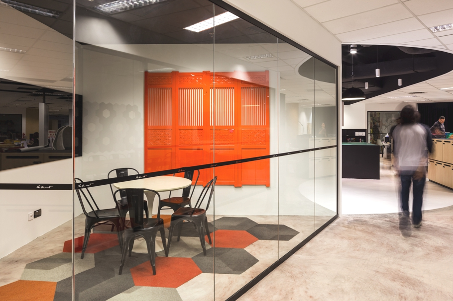 contemporary-office-design-singapore-adelto-08