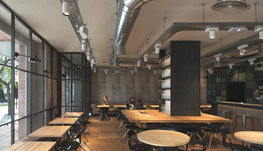 modern-cafe-bar-design-barcelona-adelto-00