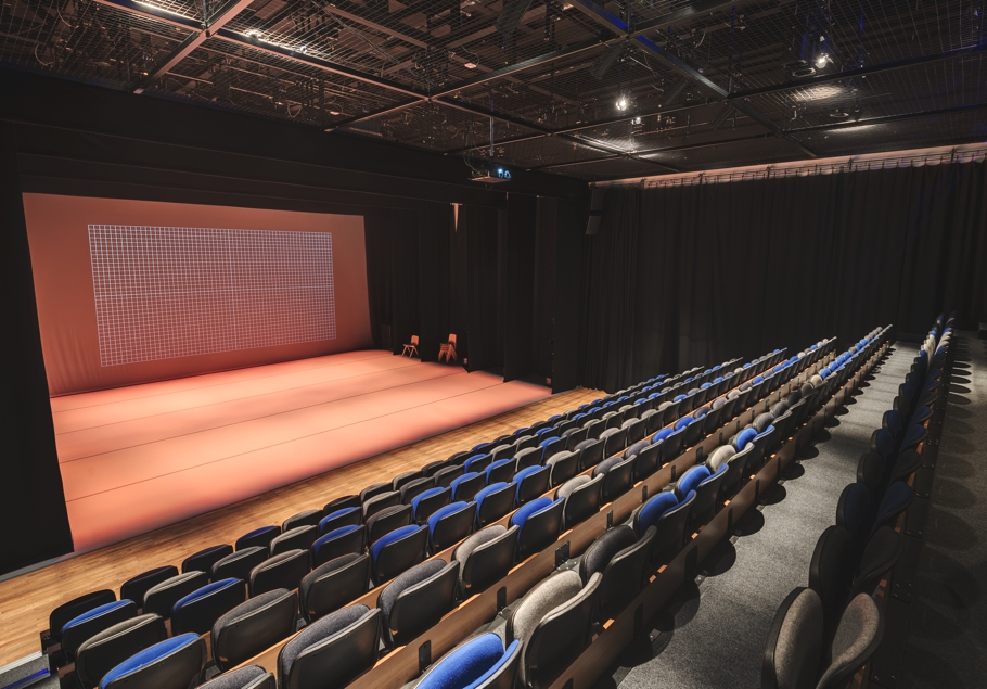 performing-arts-centre-plymouth-adelto-08
