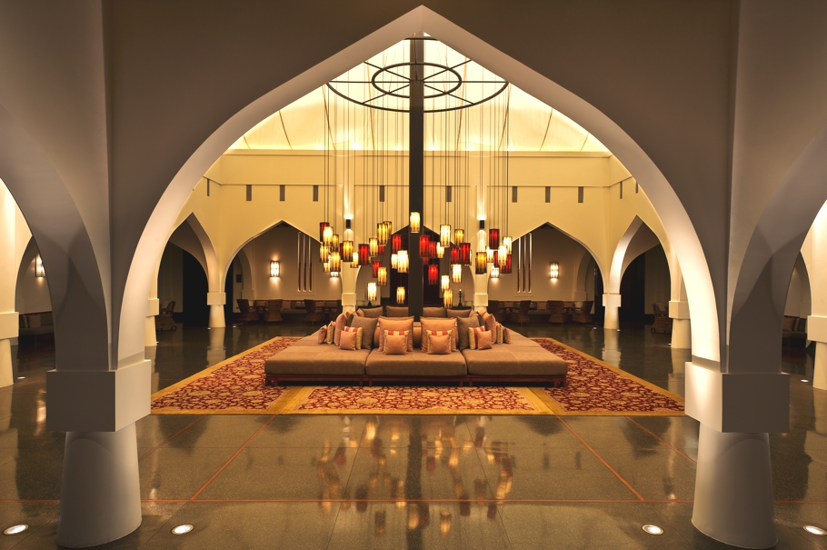 rose-harvest-holiday-chedi-muscat-oman-adelto-02