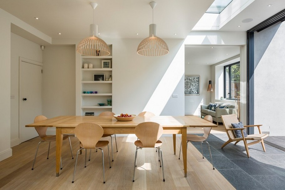 A Contemporary Extension To A 1930's London Property 11