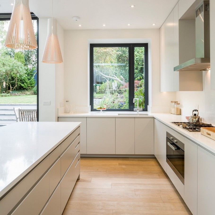 A Contemporary Extension To A 1930's London Property 12